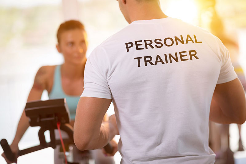 how to hire and choose a personal trainer